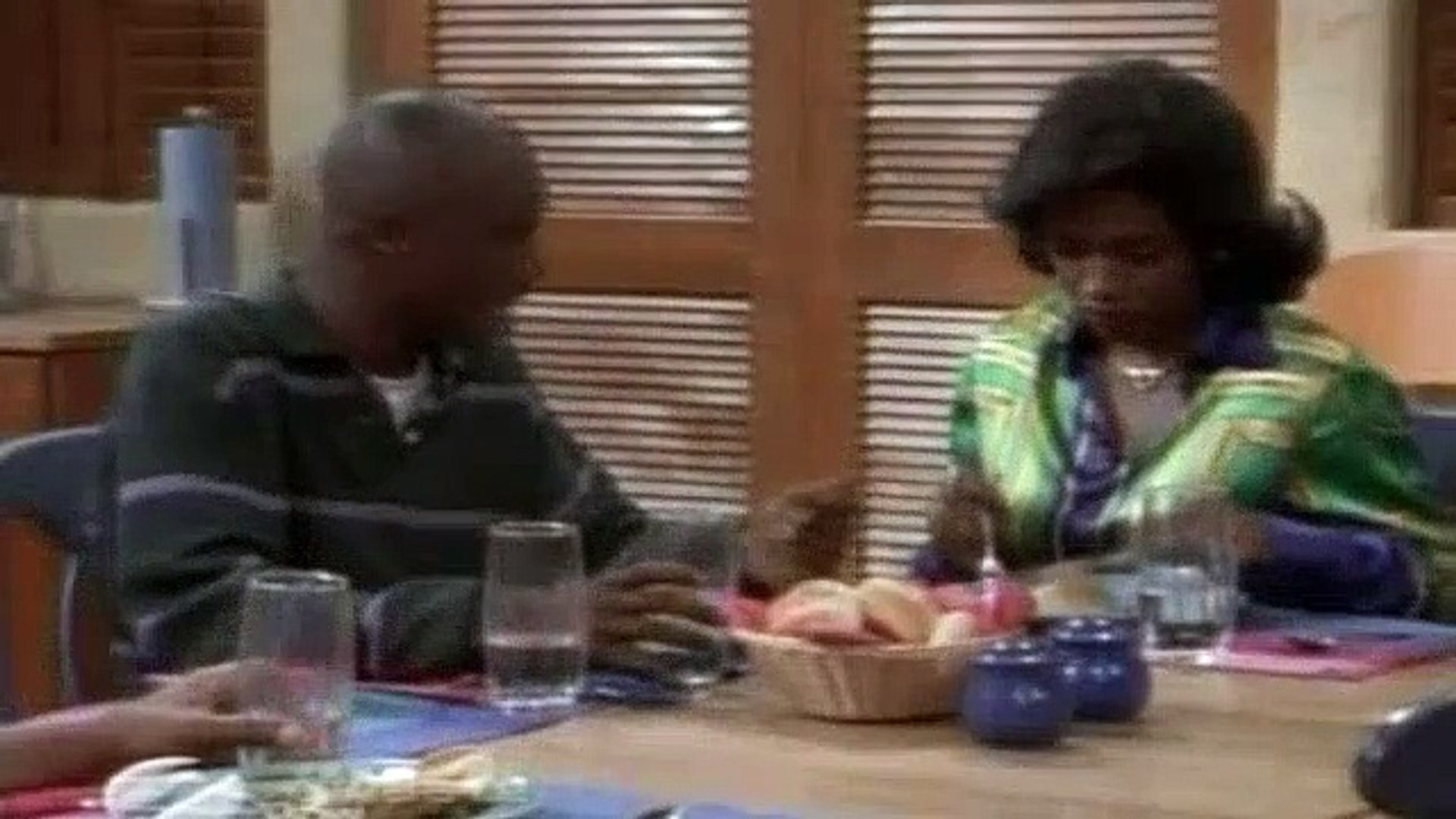 Moesha Season 1 Episode 4 Hakeem Owes Moesha Big