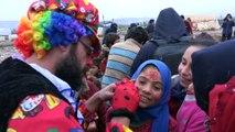 - Soğukla mücadele eden İdlibli çocuklar çamurla eğlendi