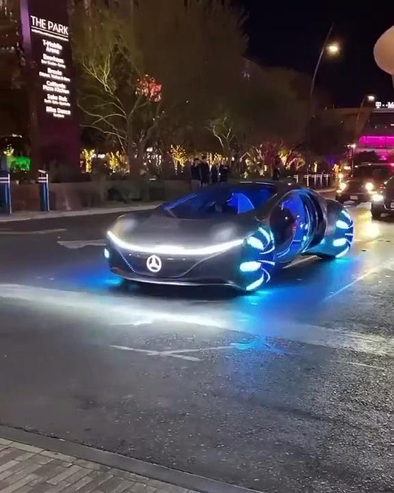 Mercedes présente la Mercedes-Benz Vision AVTR