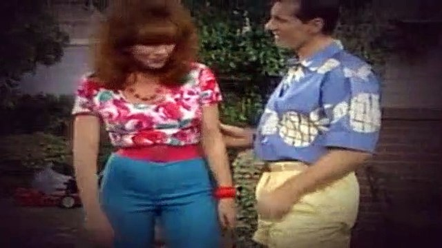 Married with Children S04E01 Hot off the Grill