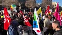 Grève à Marseille : le cortège rejoint le rond-point du Prado