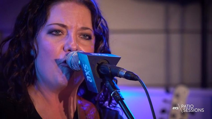 Ashley McBryde: AXS Patio Session Sponsored by Tequila Avión