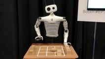 CES de Las Vegas : Reachy, le robot bluffant qui peut vous battre au morpion et servir le café