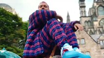 J Balvin lo apuesta todo al 'Morado' en su nueva canción