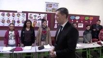 Milli Eğitim Bakanı Selçuk, öğrenci ve öğretmenlerle buluştu