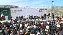 AMLO se reúne con familias mormonas mexico-estadounidenses víctimas de masacre