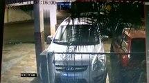 Roban vehículo desde el interior de un parqueadero de un inmueble del norte de Guayaquil
