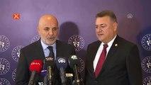 """Hasan Çavuşoğlu: """"Türkiye'de bir rezerv lig gerekiyor"""""""