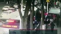 Chine: La chaussée s'effondre sous un bus et le précipite dans un trou de 10 mètres de profondeur - Six morts - VIDEO