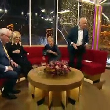 4|4 - Umut Sakarya ~ Nytårsmad ~ 31 December 2019 ~ Godt Nytår (Efter Talen) ~ TV2 Danmark