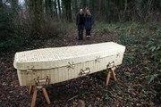 Mourir écolo : l'impact de l'inhumation et de la crémation