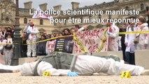 """La police scientifique manifeste à Paris pour """"un vrai statut"""""""