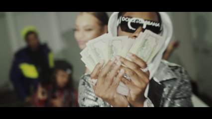 Co Cash - oLd Me, nEw MoNeY