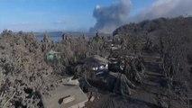 Face au volcan Taal, cette ville a été complètement recouverte de cendres et désertée aux Philippines