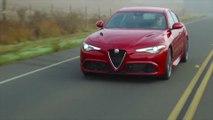 "Alfa Romeo Giulia Quadrifoglio in Großbritannien erneut zum ""Performance Car of the Year"" ausgezeichnet"