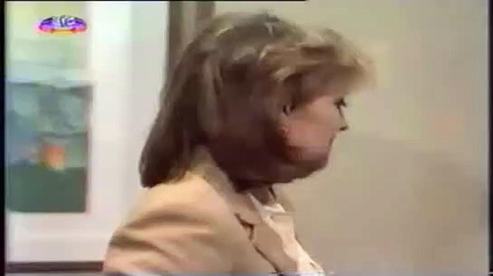 Novela Guerra dos Sexos (1983) - Barraco entre Vânia e Carolina