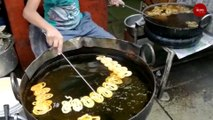 Craving jalebis in Hyderabad? Look no further than High Court Ki Jalebi