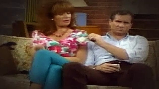 Married with Children S04E22 The Agony of De-Feet