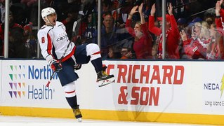 Alex Ovechkin ties Mario Lemieux on all-time goals list