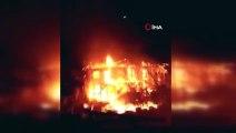 Tarsus'da çıkan yangında 2 ev kullanılmaz hale geldi