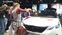 Extinction Rebellion paraliza el salón del automóvil de Bruselas