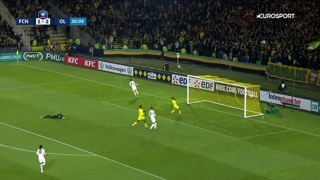 Le coup de butoir de Terrier contre Nantes avant la pause: le but lyonnais du 3-1 en vidéo