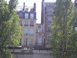 Paris : découvrez la plus petite maison de la capitale