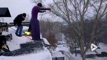 Ce russe saute du 5ème étage le pantalon enflammé et atterrit dans la neige. Cascade incroyable