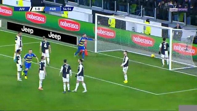 Serie A : La Juventus s'échappe en tête
