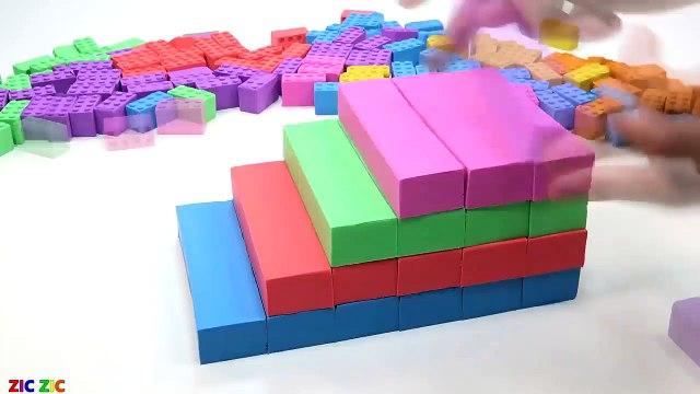 Aprende los colores con escaleras de arco iris de arena cinética con la diversión de Peppa Pig