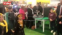 عروض فلوكولورية للأطفال فى معرض الكتاب استقبالا لرئيس الوزراء