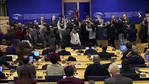 """Venezolano Guaidó pide más acciones a una UE que le reitera su """"firme apoyo"""""""