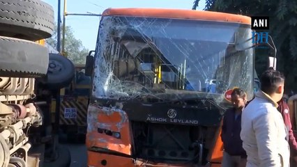 6 students injured after school bus collides with cluster bus in Delhi