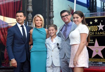 "Kelly Ripa ""Shut Down"" Her Daughter's Debit Card After Too Many Postmates Orders"