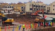 Hospital with 1,000 beds to be built in six days in Wuhan to tackle deadly coronavirus