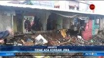 5 Kios di Jakarta Timur Ambruk Akibat Turap Longsor