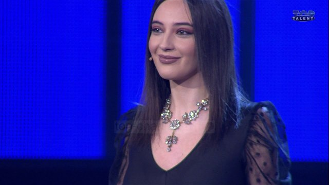 Top Talent 3 - Konkurrentja Aurora Aliaj debaton me Olti Currin