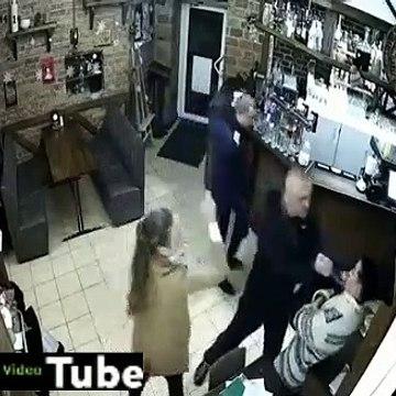 Знайомий нардепа Ківи накинувся з ножем в барі