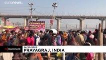 Le festival hindou du Magh Mela attire des millions de fidèles en Inde
