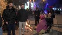 Elazığlılar depremin ardından ikinci geceyi de sokakta ve spor salonlarında geçiriyor