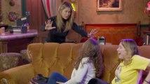 Jennifer Aniston Scares Fans at Central Perk - Friends 2020