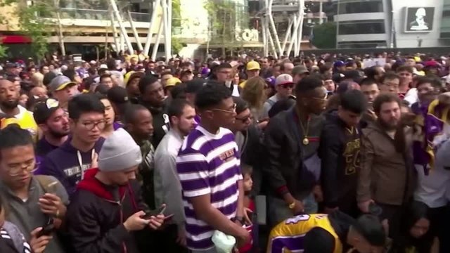 'He is L.A.': Fans mourn death of Kobe Bryant