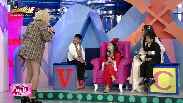 Vice gets touched by Carlos answer | It's Showtime Mini Miss U