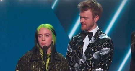 Grammy Awards : grand chelem pour Billie Eilish, plus jeune lauréate des quatre récompenses les plus prestigieuses