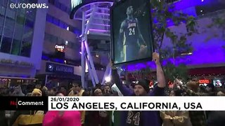 'A part of LA died': Fans mourn NBA legend Kobe Bryant