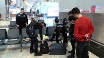 """İstanbul havalimanı'nda """"saka kuşu"""" kaçakçısına 95 bin lira ceza"""