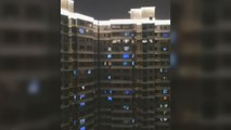Residents Shout 'Wuhan, Fight!' From Apartment Windows