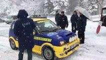 Pontarlier : Sous la neige, les équipages du Rallye Neige et Glace font une halte au Larmont