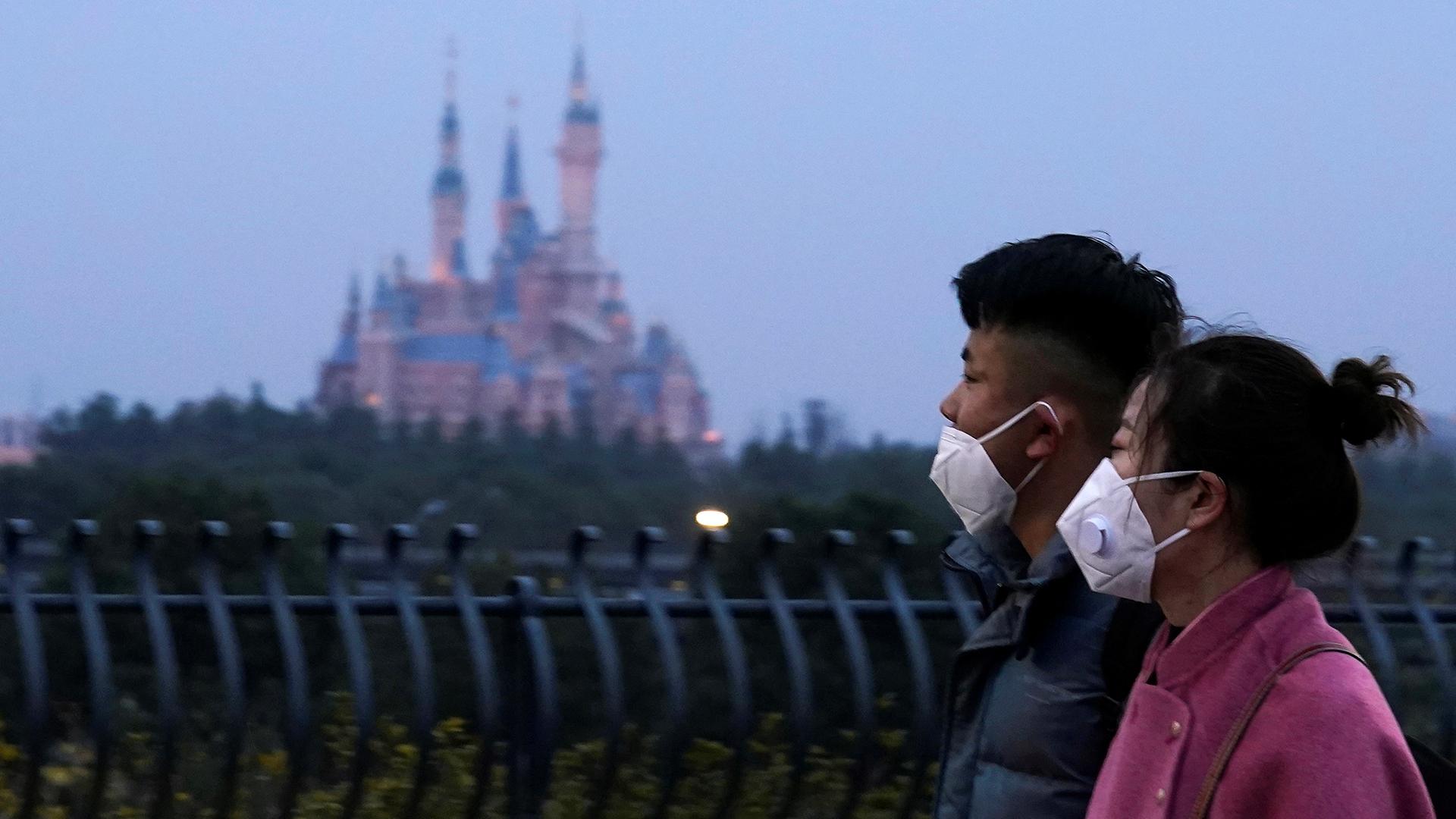 Coronavirus outbreak: global businesses shut down operations in China