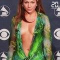 Super Bowl, tournée, récompenses ciné... Quand Jennifer Lopez surfe sur la vie comme jamais